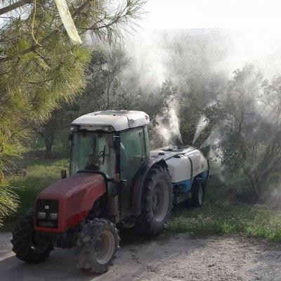 Ο Ζεόλιθος είναι φυσικό ορυκτό το οποίο δύναται να χρησιμοποιηθεί στην γεωργία ως εδαφοβελτιωτικό(σε βιολογικές ή μη καλλιέργιες) ή και στην κτηνοτροφία - πτηνοτροφία.